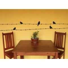 Linnut piikkilangalla sisustustarra